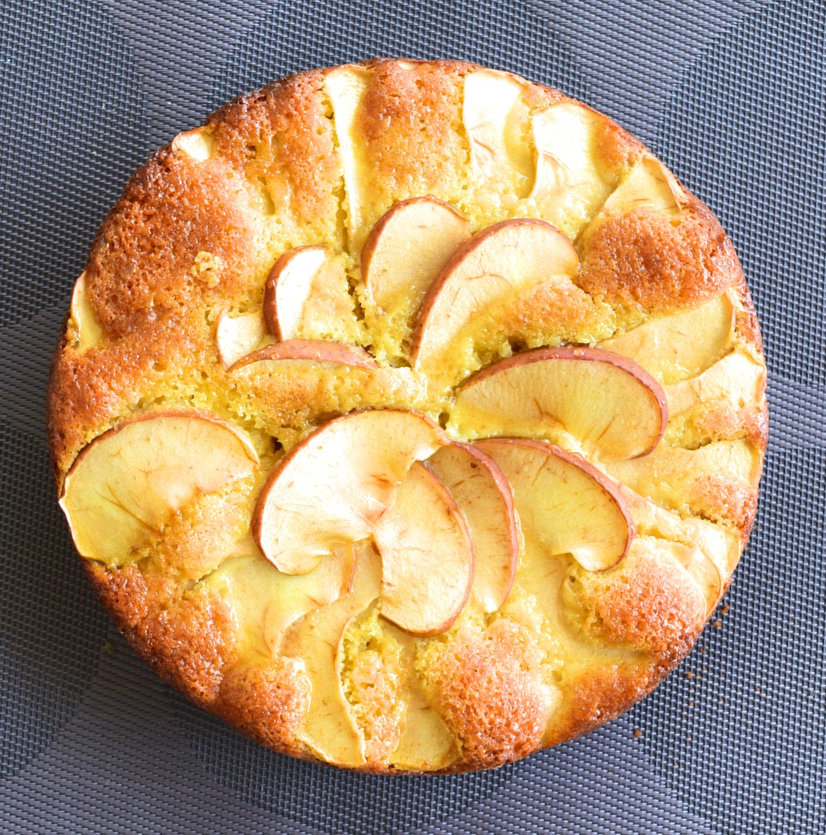 Apple Ginger Cake Recipe