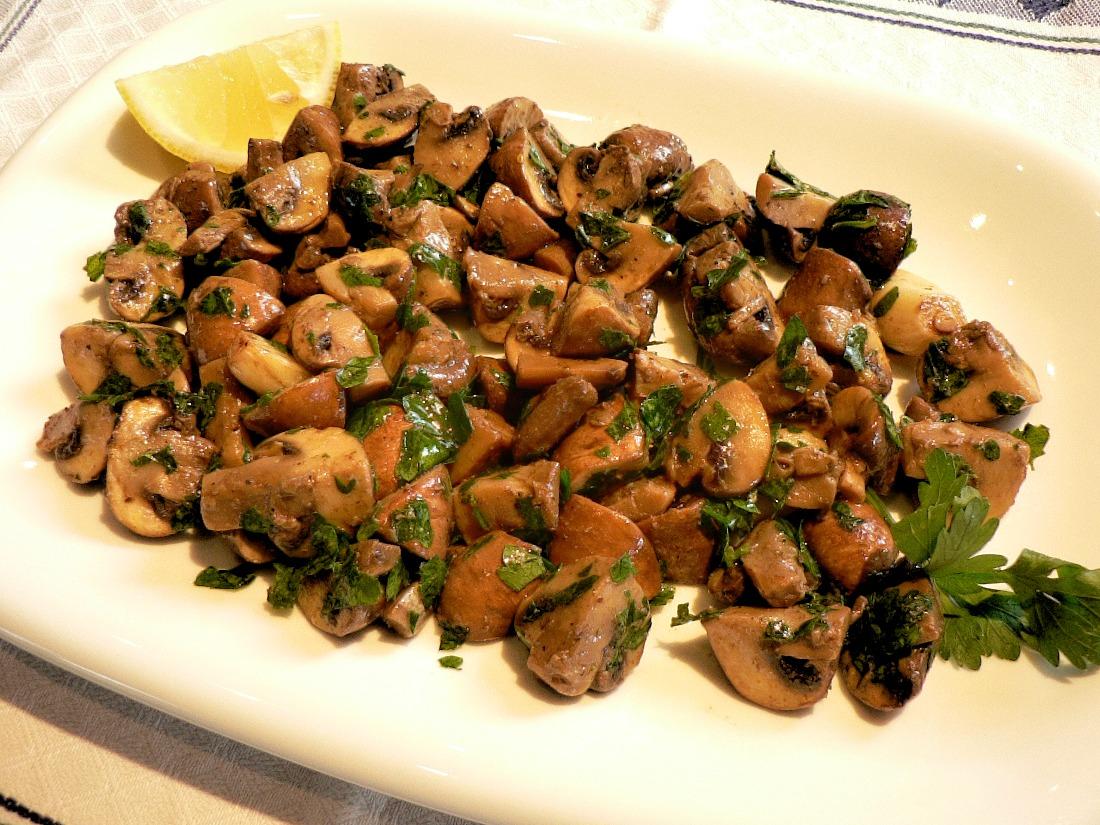 Champignons à la Grecque Recipe