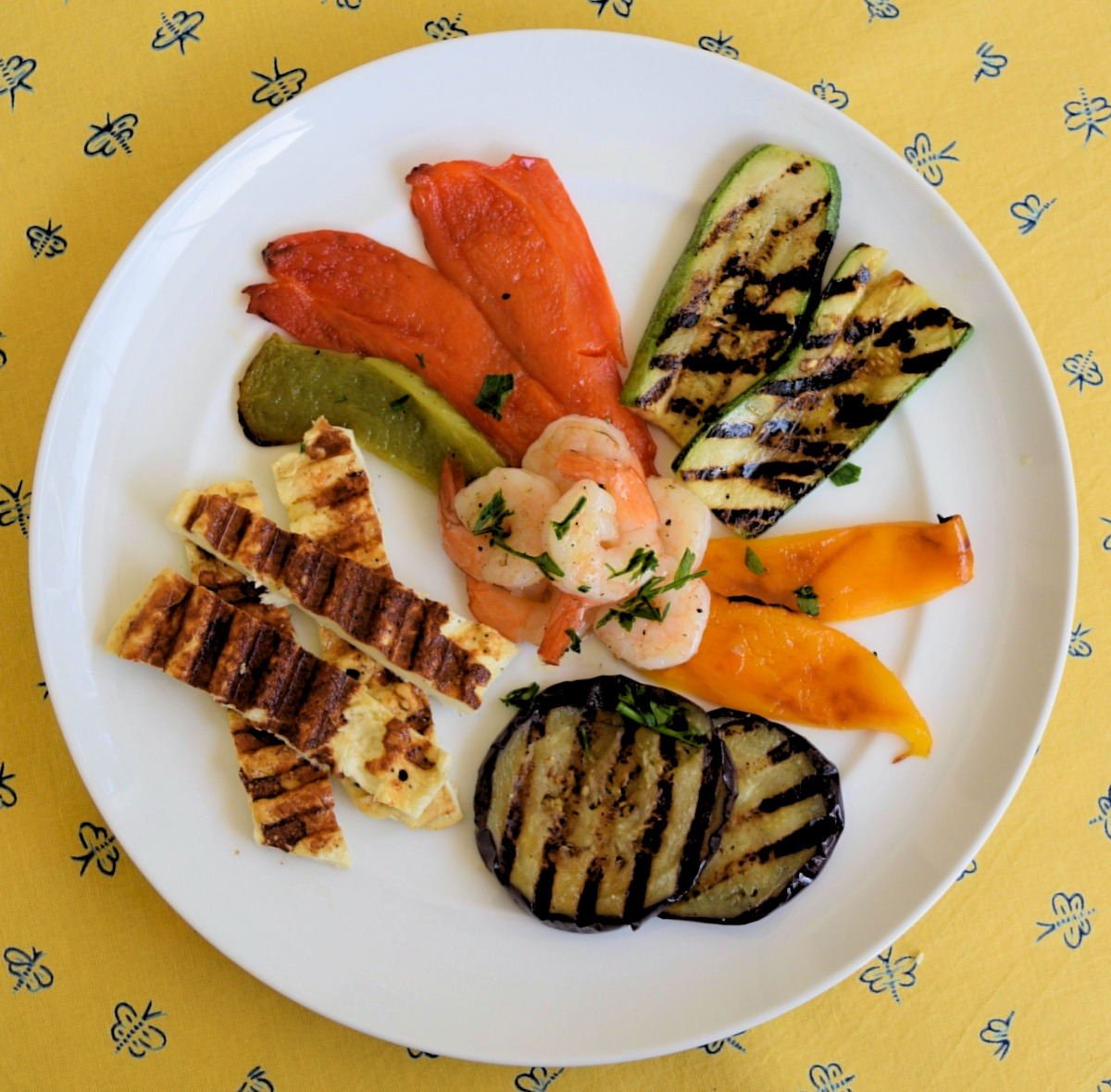 Chargrilled Halloumi with Shrimps and Vegetables Recipe