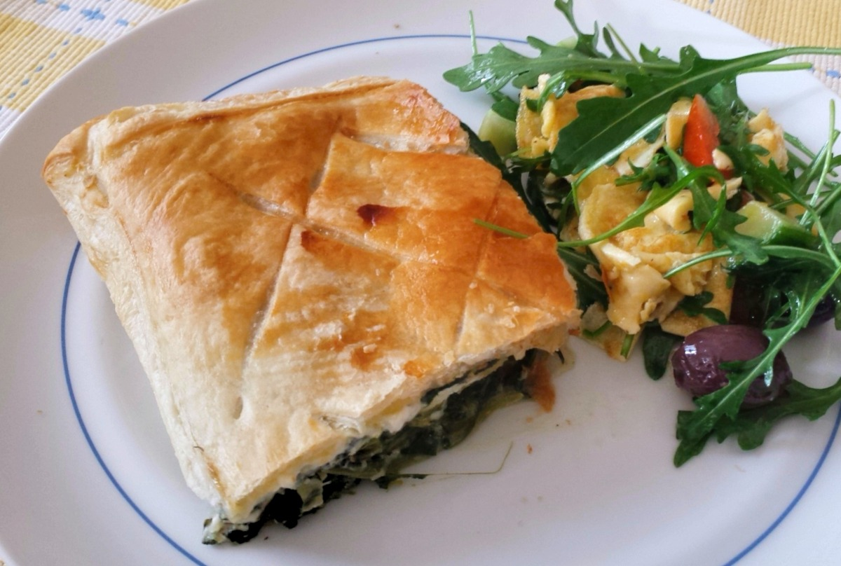 Greek Spinach Pie (Spanakopita) Recipe