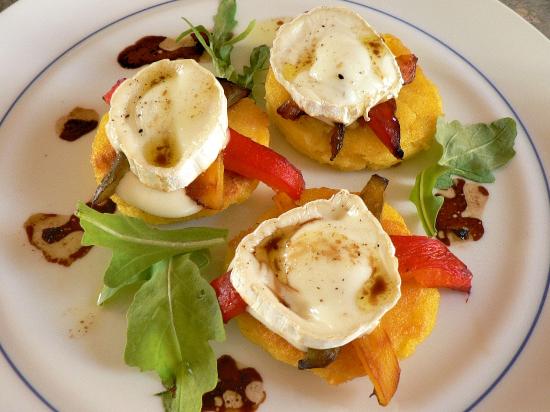 Polenta Rounds with warm Goat Cheese Recipe