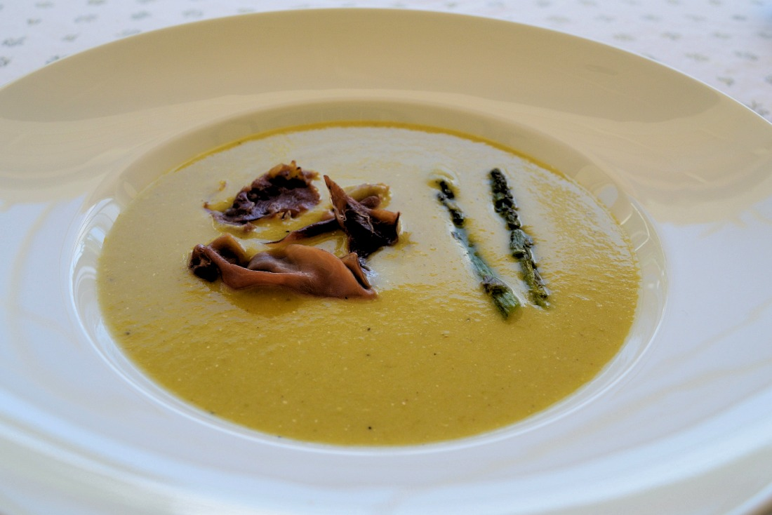 Roasted Asparagus Soup with Prosciutto Shards Recipe