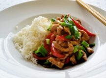 Spicy Chicken with Peppers and Cashew Nuts