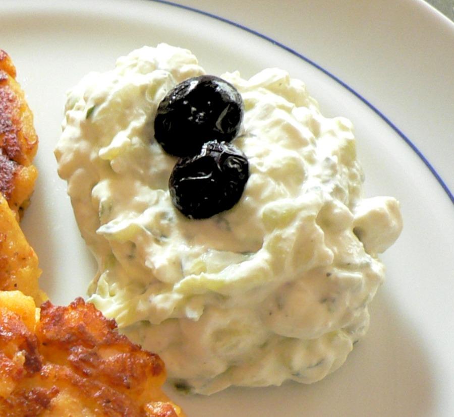 Tzatziki (Greek Yogurt Cucumber Sauce) Recipe