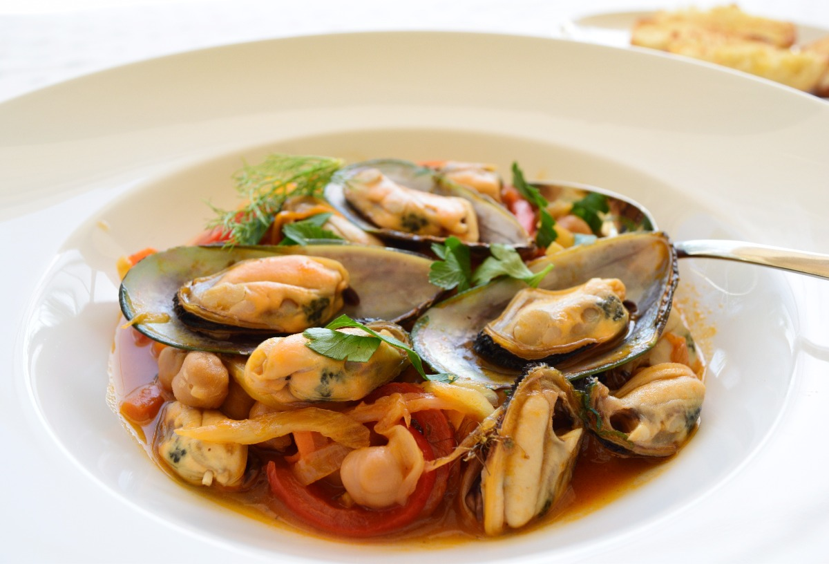 Mussels with Fennel, Peppers and Spanish Paprika Recipe