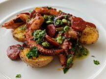 Pan-grilled Octopus with Chorizo and Mojo Verde-03